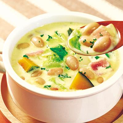 かぼちゃと蒸し大豆のクリームスープ